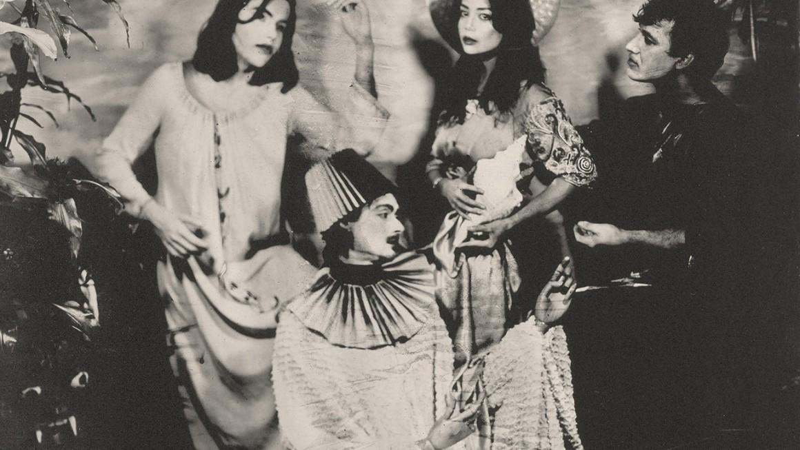immaterial possession: el encuentro musical entre el dadaísmo y la tragedia griega